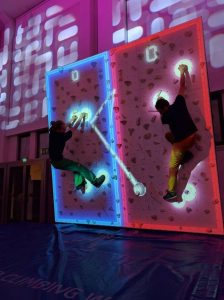 Augmented Climbing Wall – Climb Ball